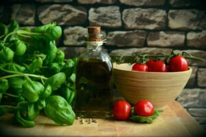 Olive Oil in 'Mediterranean diet plan,' not a lot red wine, is connected to longer lifespan, brand-new research study says