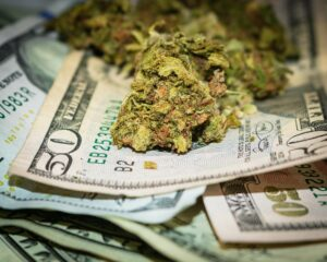 Even With $1.5 Billion in Money, This Pot Stock Isn't a Buy